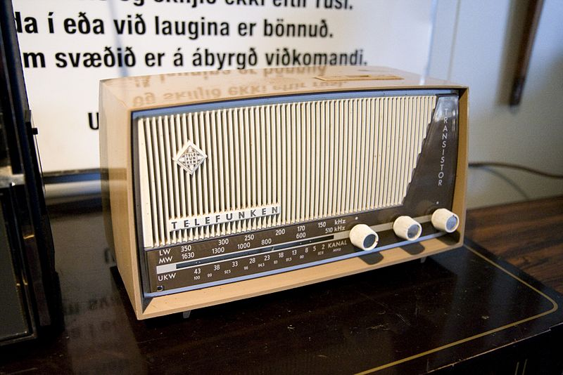 Telefunken transistor radio, Skógar Folk Museum - Creative Commons Attribution 2.0 Generic