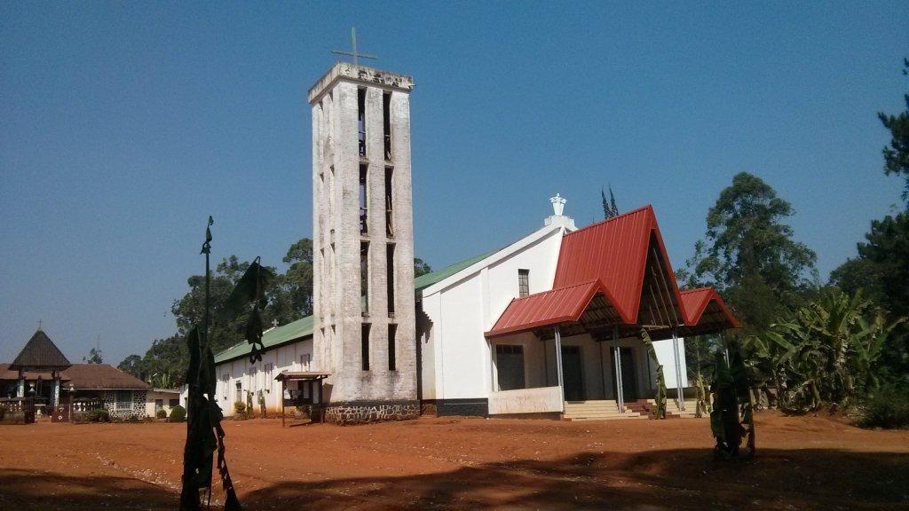 La chapelle du centre de Bandjoun -  par René Jackson